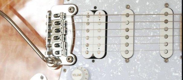 Two-point rocking tremolo or fulcrum vibrato