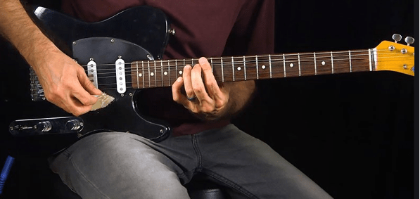 Easier to Learn.Electric guitar strings are much thinner than acoustic guitar strings and easier to pull down and the guitar neck is thinner, allowing musicians to easily wrap their hands around the neck and better position the fingers. The electric guitar seems to be more user-friendly than the acoustic guitar.